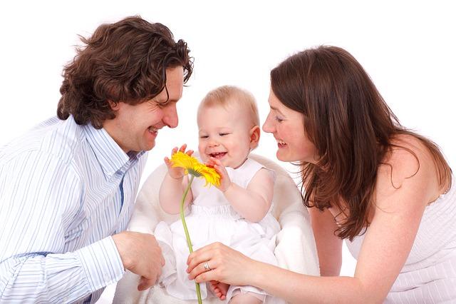 usměvavá rodina