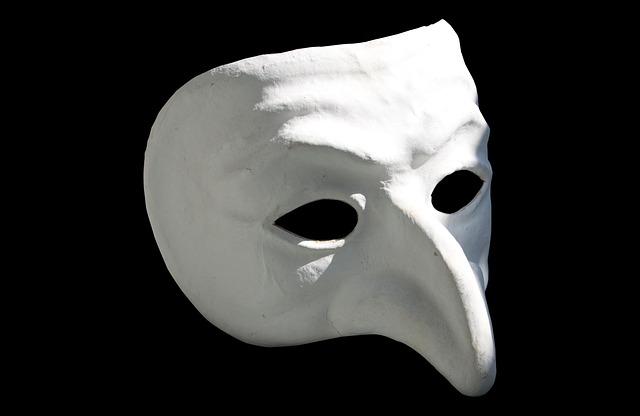 pulcinella maska
