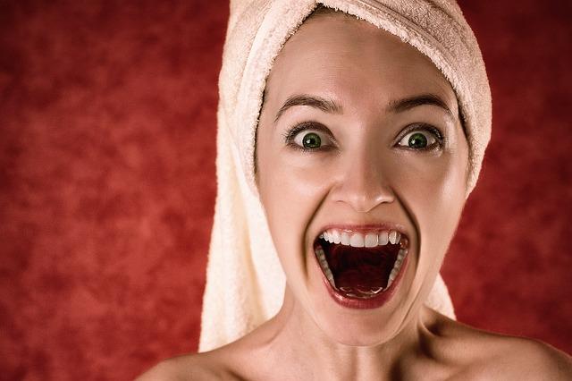 krásné zuby ženy