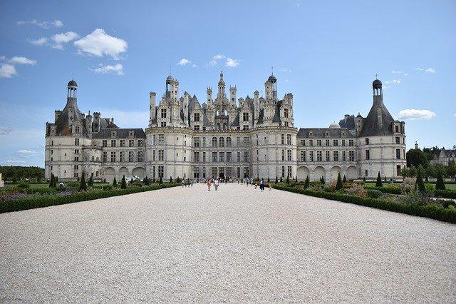 hrad ve francii